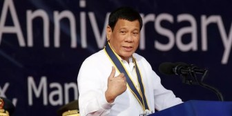 """Duterte a los presos por vender drogas: """"¿Quieren vivir más tiempo? ¡Quédense en la cárcel"""""""