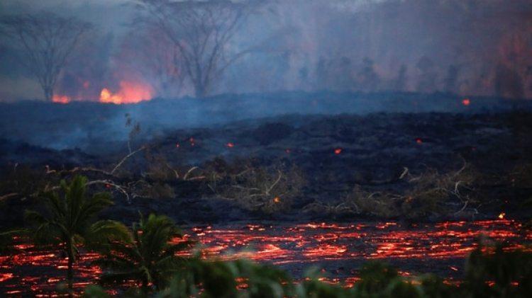 Las erupciones se suceden desde hace tres semanas (Reuters)