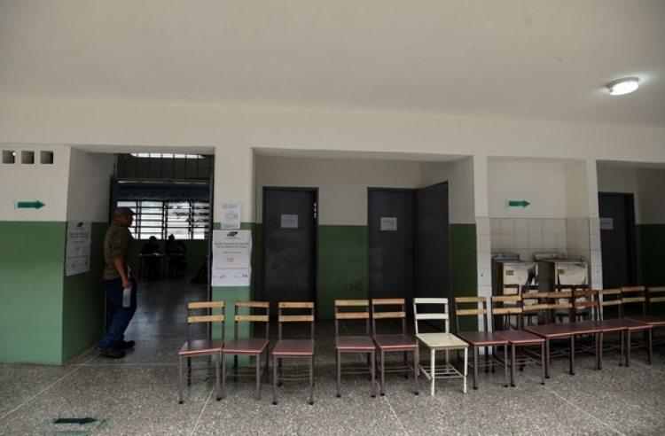 Las elecciones en Venezuela tuvieron una abstención histórica (AFP)