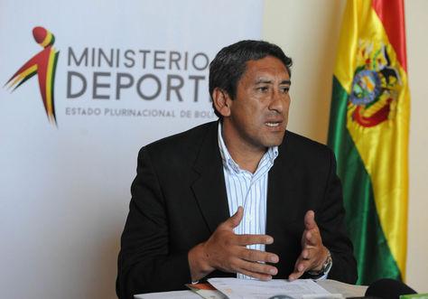 El ministro de Deportes Tito Montaño en conferencia de prensa. Foto: Archivo