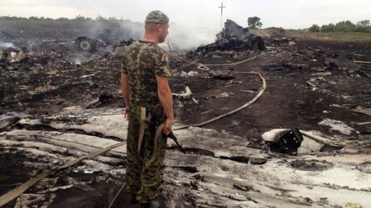 La caída del vuelo de Malaysia Airlines dejó 298 muertos (Reuters)