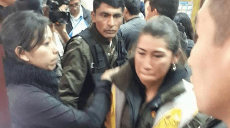 Policía agredió a Yamile Cáceres pese a su embarazo; juez levanta detención a funcionaria edil