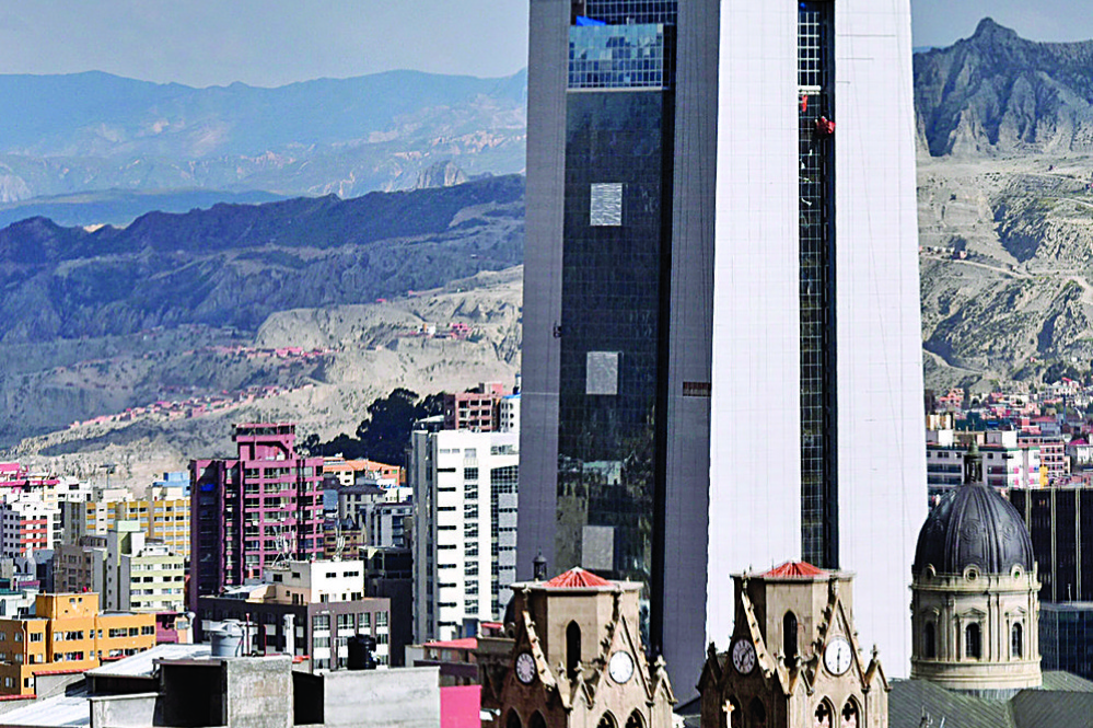 Sectores que pidieron apoyo del Gobierno critican la suite de Evo