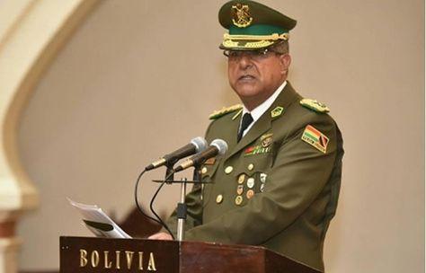 El comandante General de la Policía, general Faustino Mendoza, en rueda de prensa. Foto: ABI