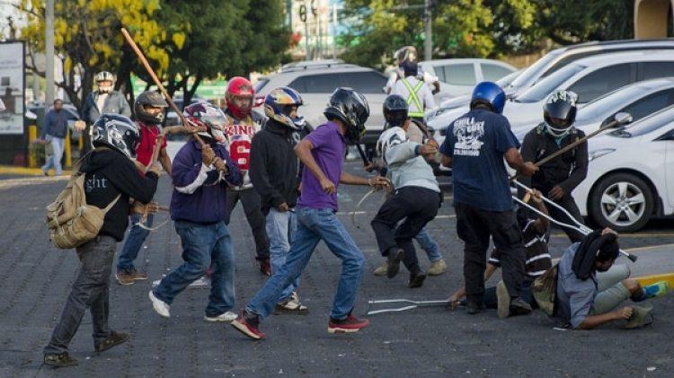 La salvaje represión de la policía y los grupos de choque que responden a Ortega dejómás de 100 muertos