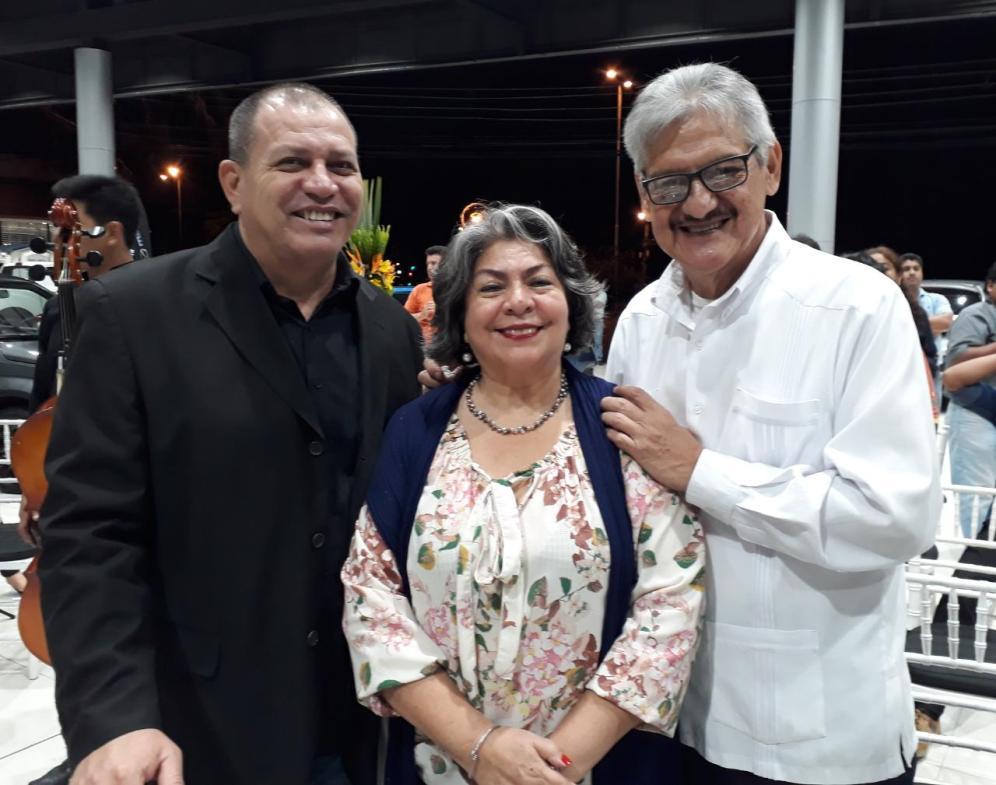 Ruddy Cuellar, Carmen Robles y Carlos Tomelic