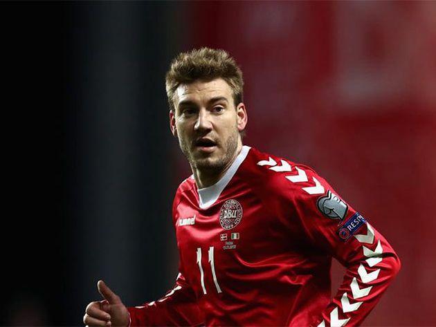 Bendtner fuera de la lista definitiva de Dinamarca