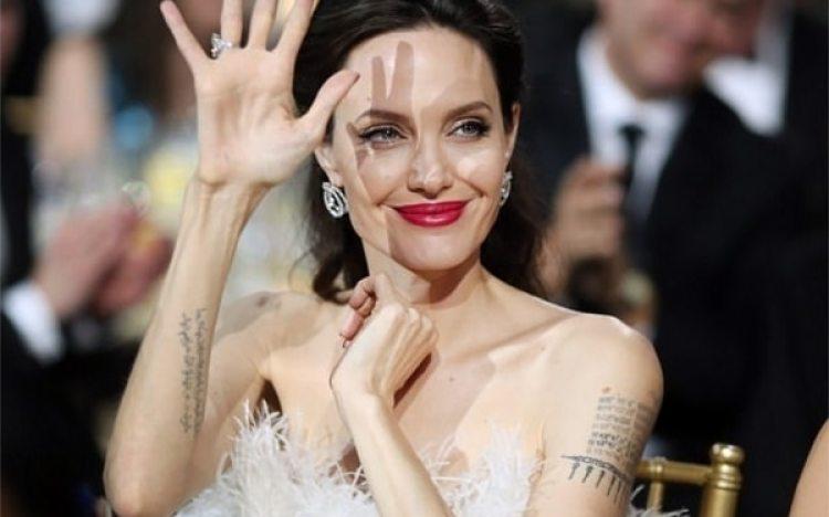 Angelina Jolie en los Premios Critics Choice Awards 2018