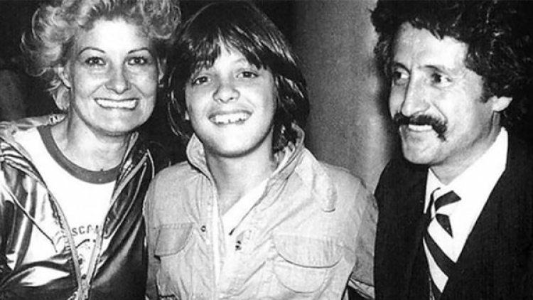 """Marcela Basteri, Luis Miguel y Miguel Rey, madre y padre de """"El Sol"""". La mujer desapareció en agosto de 1986. En público se la vio por última vez en marzo de 1985"""