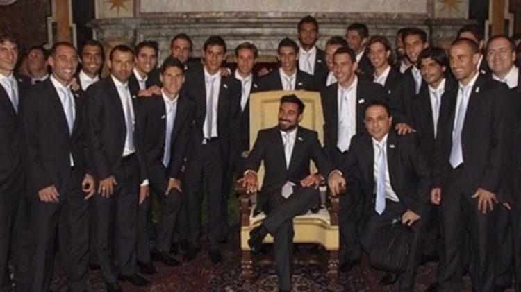 Lavezzi, en el sillón de Francisco, hace cinco años en la visita de la Selección al Vaticano