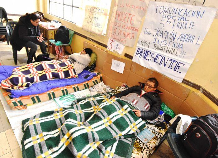 MEDIDAS DE PROTESTA CONTINÚAN EN EL ALTO, AUMENTARON PIQUETES DE AYUNO VOLUNTARIO.