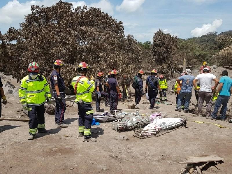 Sube a 99 la cifra de muertos por la tragedia del Volcán de Fuego