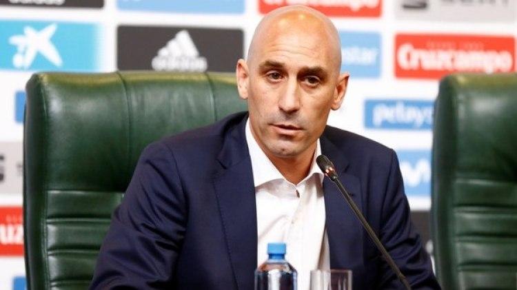 Luis Rubiales, presidente de la Real Federación Española de Fútbol, comunicó que Lopetegui fue despedido (REUTERS)