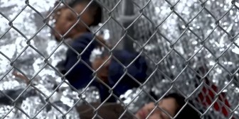 El desconsolado llanto de los niños separados de sus padres en la frontera, por decisión de Trump