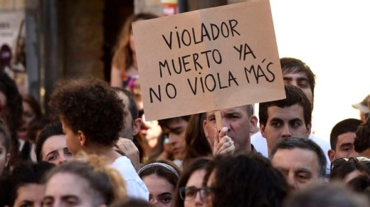 Para la opinión pública son violadores, no meros abusadores (AFP)