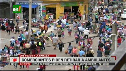 Comerciantes piden desalojar a los ambulantes del mercado La Ramada