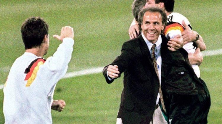 Franz Beckenbauer fue el técnico de la Alemania campeona en 1990