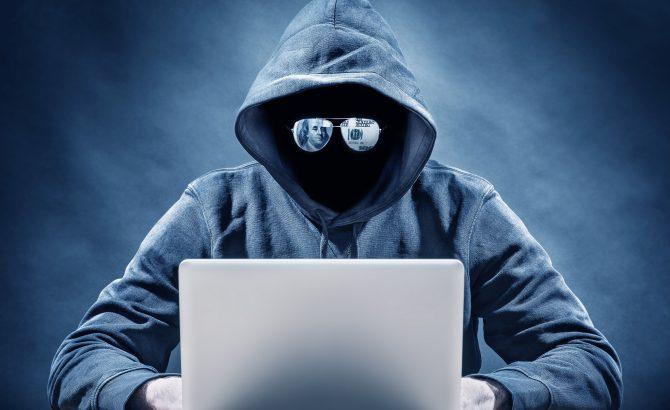 Hackers vendían acceso al sistema de seguridad de un aeropuerto por  dólares