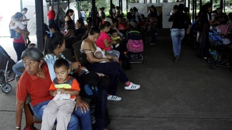 Miles de personas siguen sufriendo la violencia en Colombia (Reuters)