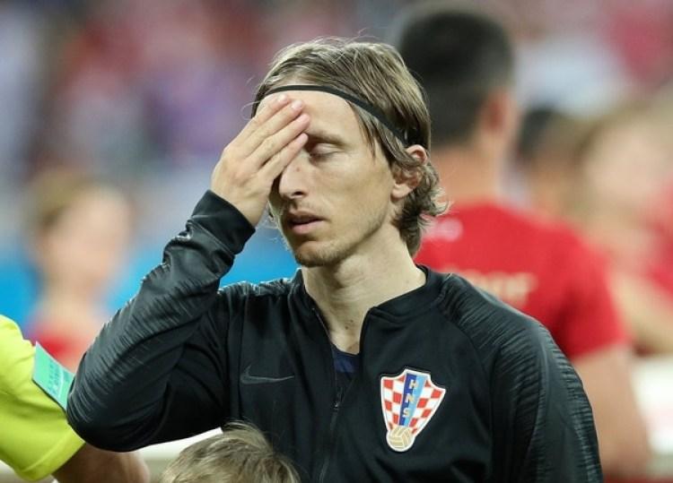 Luka Modric luego de desperdiciar su penal ante Dinamarca (REUTERS/Albert Gea)