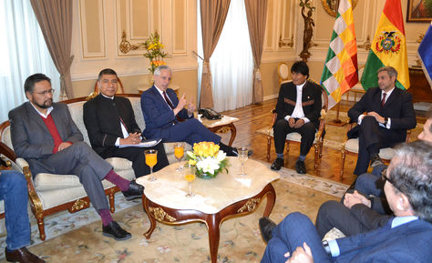 El presidente Evo Morales y el presidente electo de Paraguay Mario Abdo Benítez se reúnen en Palacio de Gobierno. Foto: ABI