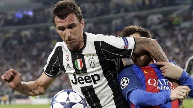 Mario Mandzukic actualmente juega en la Juventus de Italia (AP)