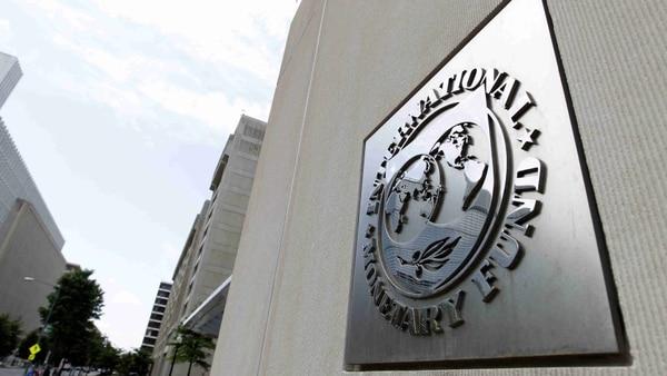 FMI baja previsión de crecimiento de América Latina al 1,6 %