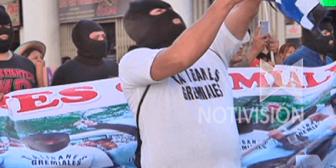 El MAS dice que jóvenes encapuchados representan la defensa de la democracia