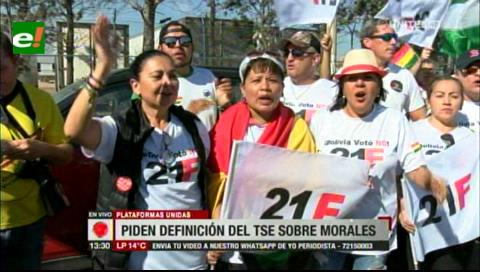 Plataformas piden al TSE manifestarse sobre la repostulación de Evo Morales