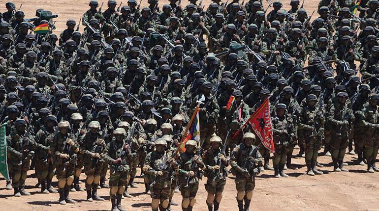 Militares dicen que para hacer carrera hay que ser masista y tener aval de los cocaleros del Chapare