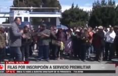 El Alto: Largas filas y protestas en la inscripción al servicio premilitar