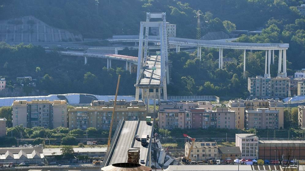 Foto: Todas la fotos del accidente del puente en la autopista de Génova