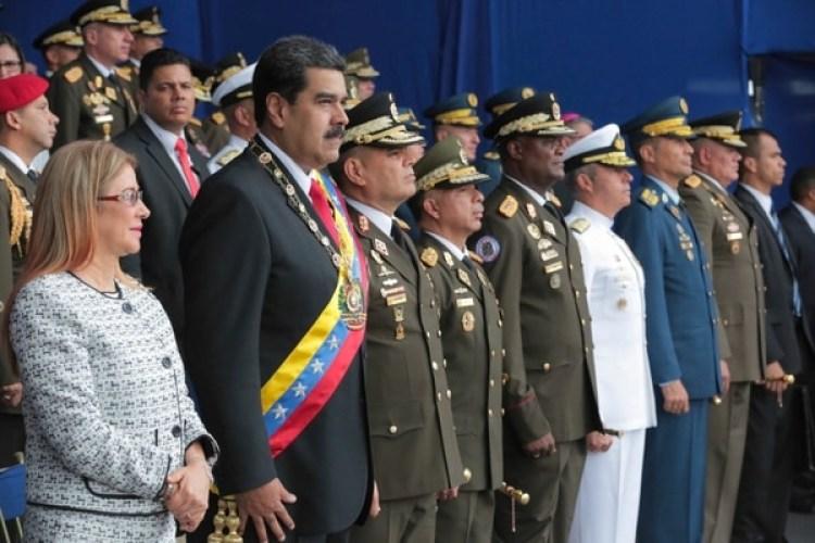 Los legisladores de EEUU pusieron en duda el presunto intento de ataque contra Maduro(AP)