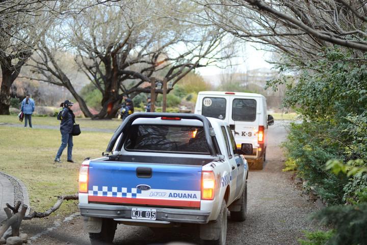 Continúan los allanamientos en la propiedad de la ex presidenta Cristina Fernández de Kirchner en el Calafate. (Foto Francisco Muñoz / OPI Santa Cruz)