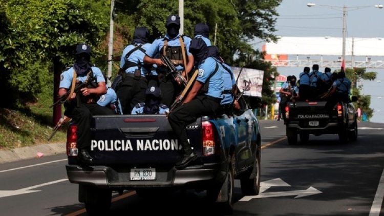 Las fuerzas policiales reprimen duramente a los opositores desde el 18 de abril (Reuters)