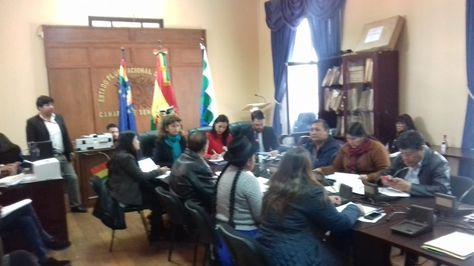 Comisión Mixta de Justicia Plural empieza revisión de documentos de candidatos a Fiscal General