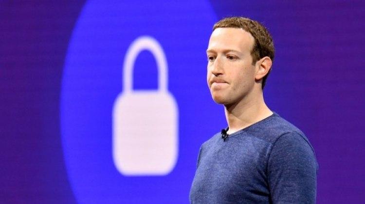 El director ejecutivo y fundador de Facebook, Mark Zuckerberg, durante una convención en San José (California) (AFP)