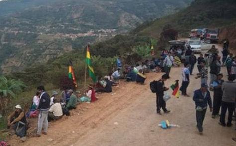 Marcha de cocaleros de los Yungas a La Paz. Foto: Facebook Yungueño Yungas