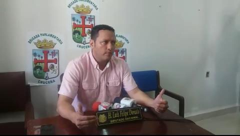 Dorado lamenta que el TSE se manche las manos de forma abierta con el presidente del Senado