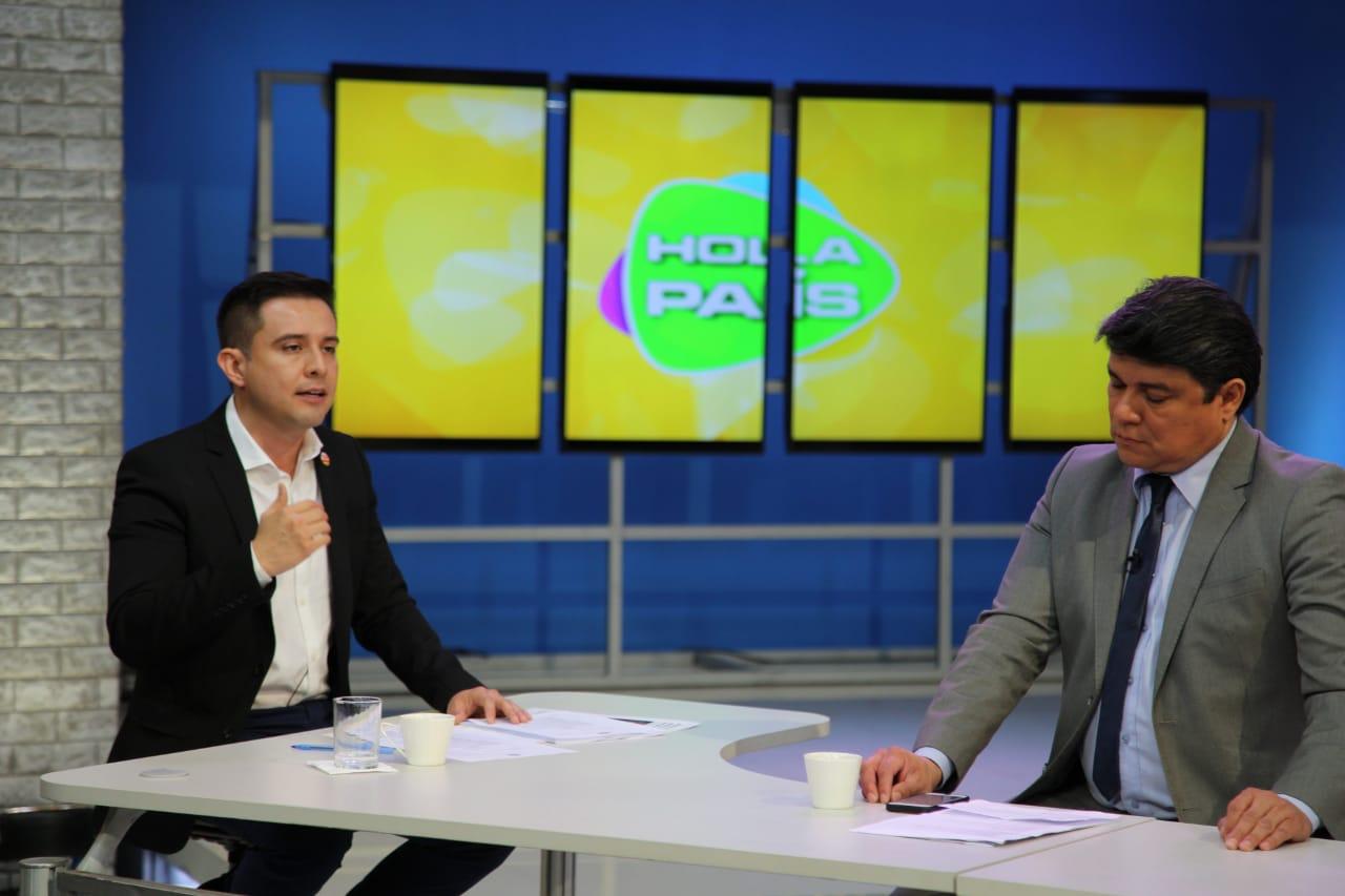 """Serrano: """"El MAS quiere utilizar la ley de Organizaciones Políticas para legalizar la candidatura Evo-Linera"""""""