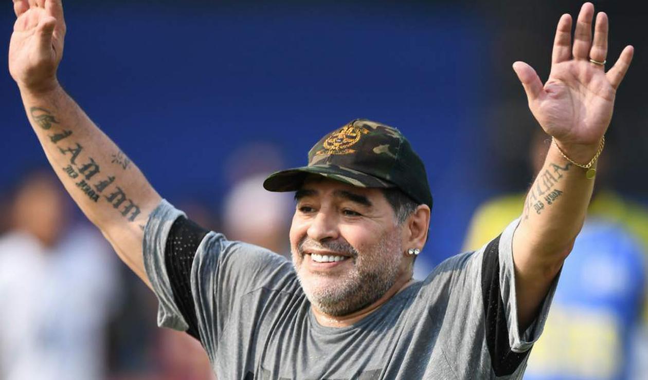 Resultado de imagen para Diego Armando Maradona es nuevo técnico de Dorados