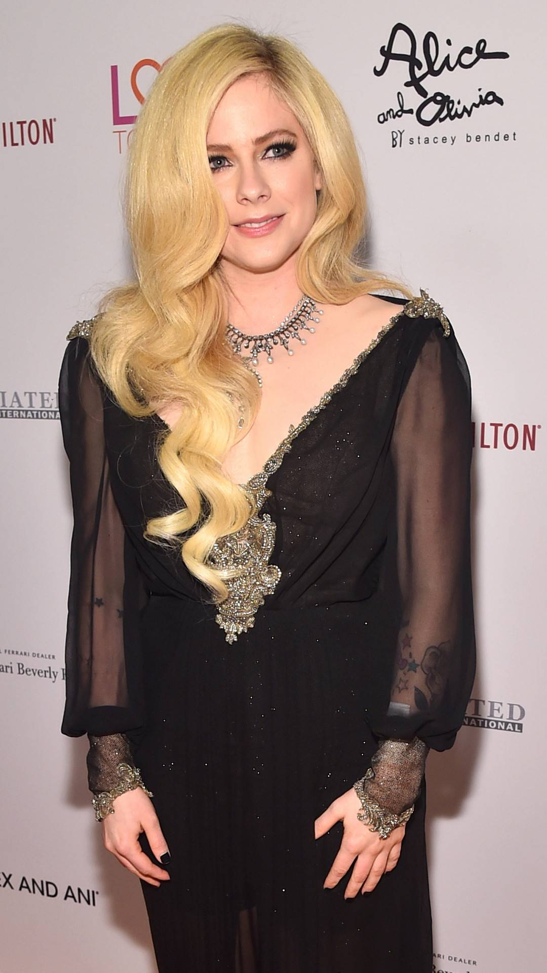 Avril Lavigne, Race To Erase MS Gala