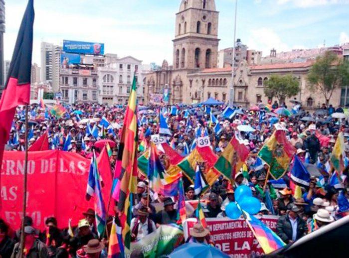 OPOSICIÓN Y ANALISTAS CUESTIONAN LA RECIENTE LOP, APROBADA POR EL MAS.