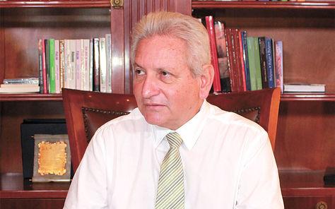 Rubén Costas, Gobernador de Santa Cruz y líder de Demócratas
