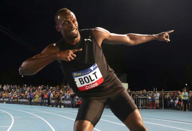 Usain Bolt corre en un avión sin gravedad en acto publicitario