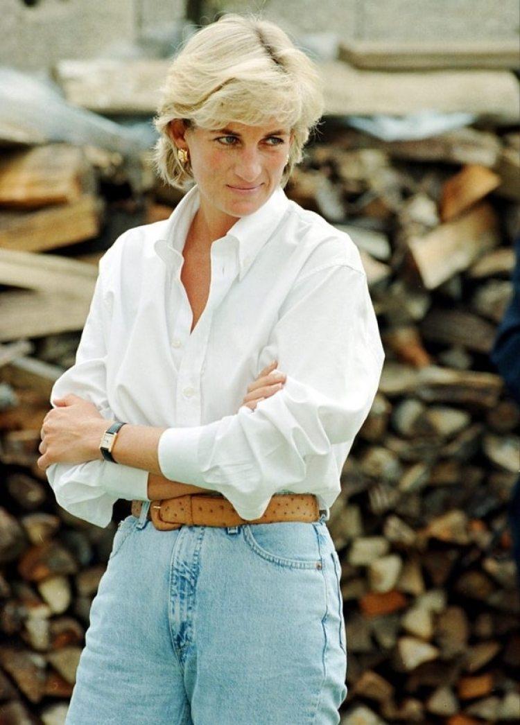 Diana Frances Spencer, conocida universalmente como Lady Di, Princesa de Gales
