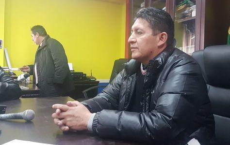 El alcalde de Quillacollo, Eduardo Mérida, tras retomar su silla edil. Foto: Fernando Cartagena