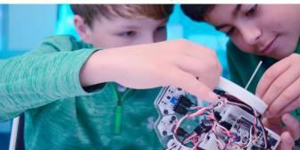 Los nativos digitales no existen: cómo educar a los niños para que sepan crear tecnología