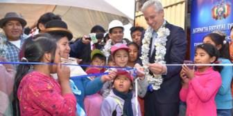 Vicepresidente entrega 105 viviendas en el distrito 13 de Santa Cruz