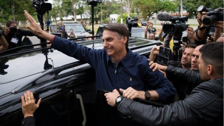 Jair Bolsonaro obtuvo una clara ventaja en la primera vuelta de las elecciones presidenciales del domingo (AFP)